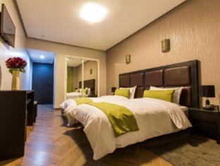 /hotel-swani/hotel/meknes-ma.html?asq=jGXBHFvRg5Z51Emf%2fbXG4w%3d%3d