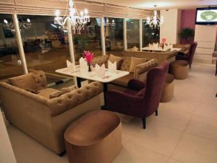 Amari Nova Suites Pattaya Pattaya - Afternoon Tea