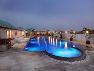Amari Nova Suites Pattaya Pattaya - Swimming Pool