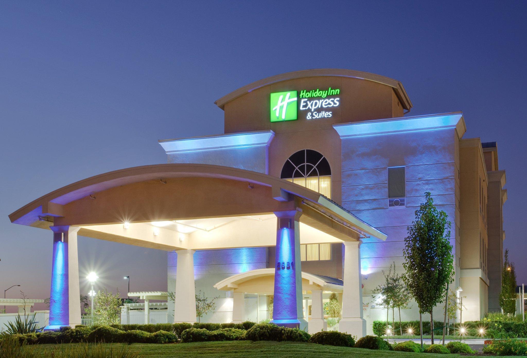 Holiday Inn Express Hotel And Suites Sacramento Airport Natomas