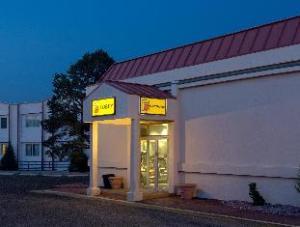 Super 8 Motel - Colorado Sprs/South/Circle Dr.