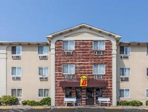 Super 8 Motel - Irving Dfw Airport/South