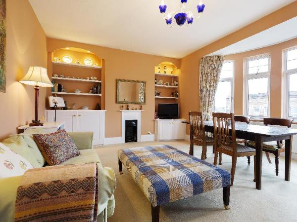 Veeve Apartment West Hampstead London
