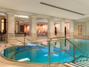 阿德罗恩凯宾斯基酒店 柏林 - 游泳池