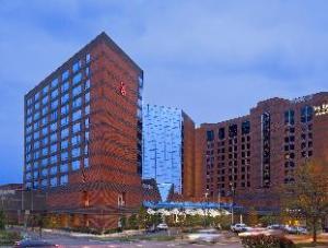 Sheraton Indianapolis Hotel at Keystone Crossing