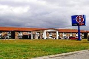 Motel 6 Omaha   Central