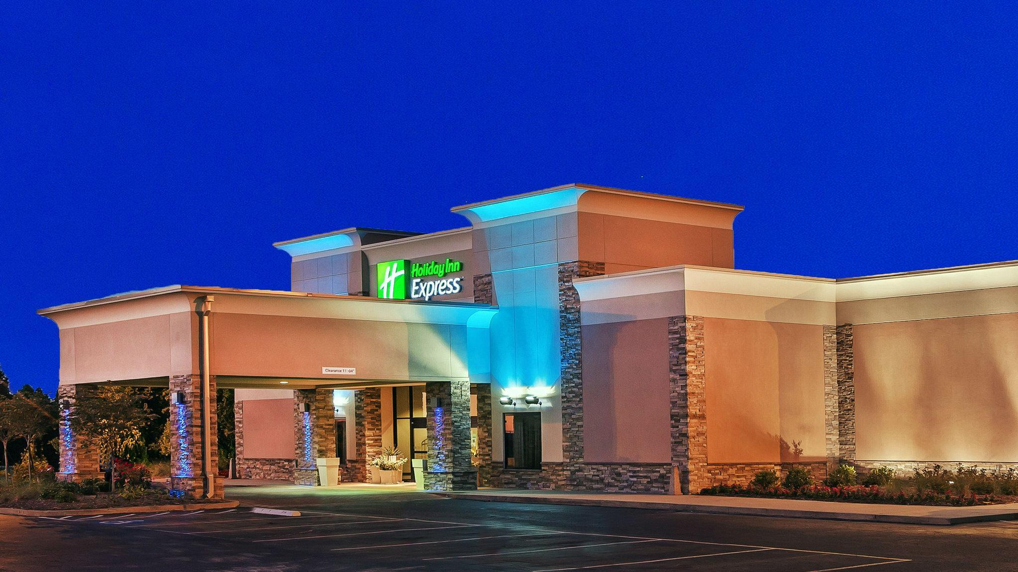 Holiday Inn Express Little Rock Airport