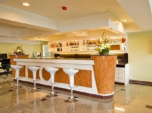 Convenient Park Bangkok Hotel Bangkok - Food and Beverages