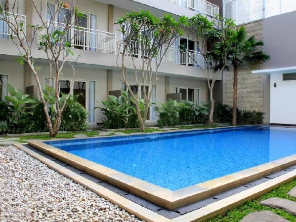Cozy Stay Hotel Simpang Enam by Avilla Hospitality Bali