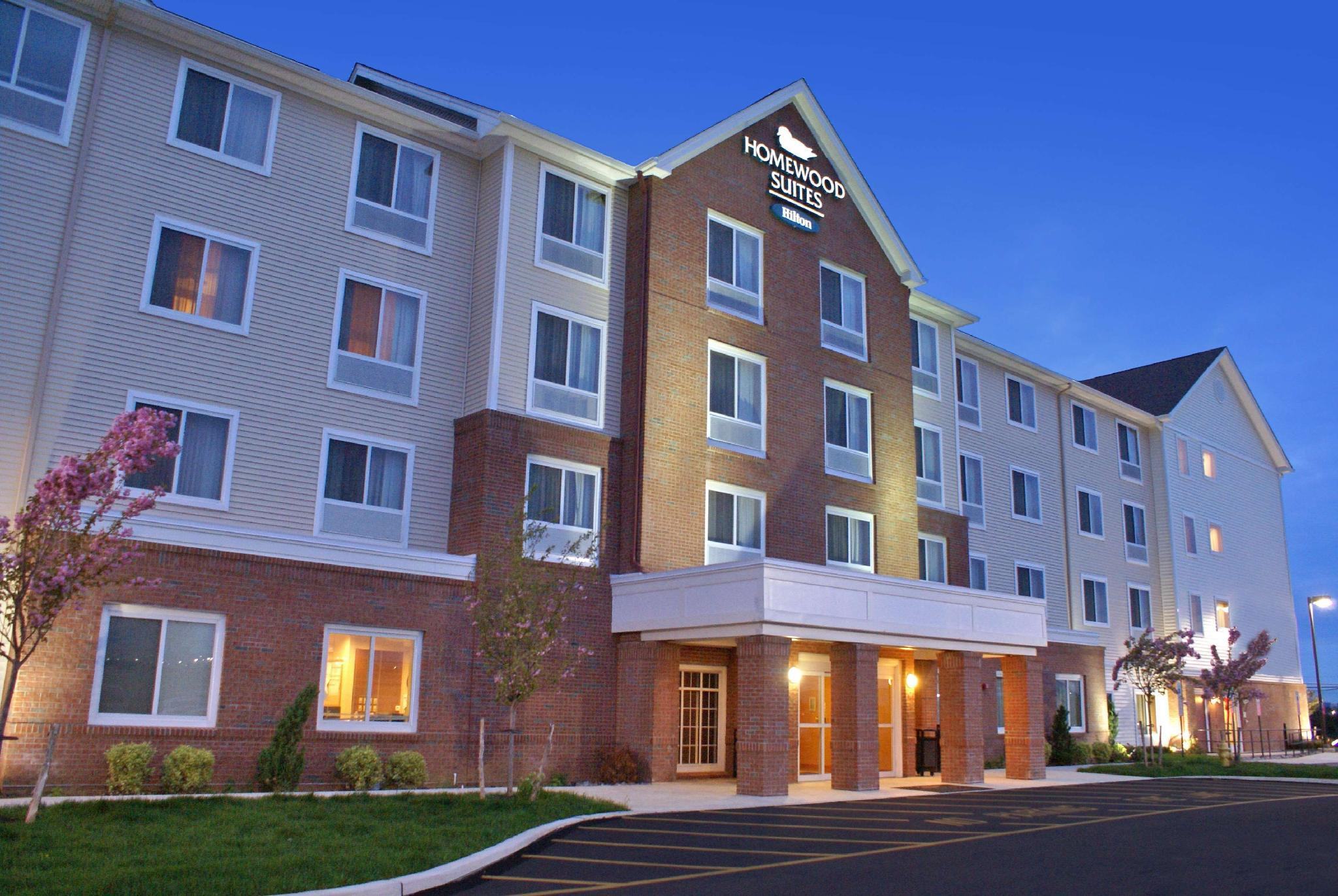 Hotels Review: Homewood Suites Allenton West – Photos, Rates and Deals