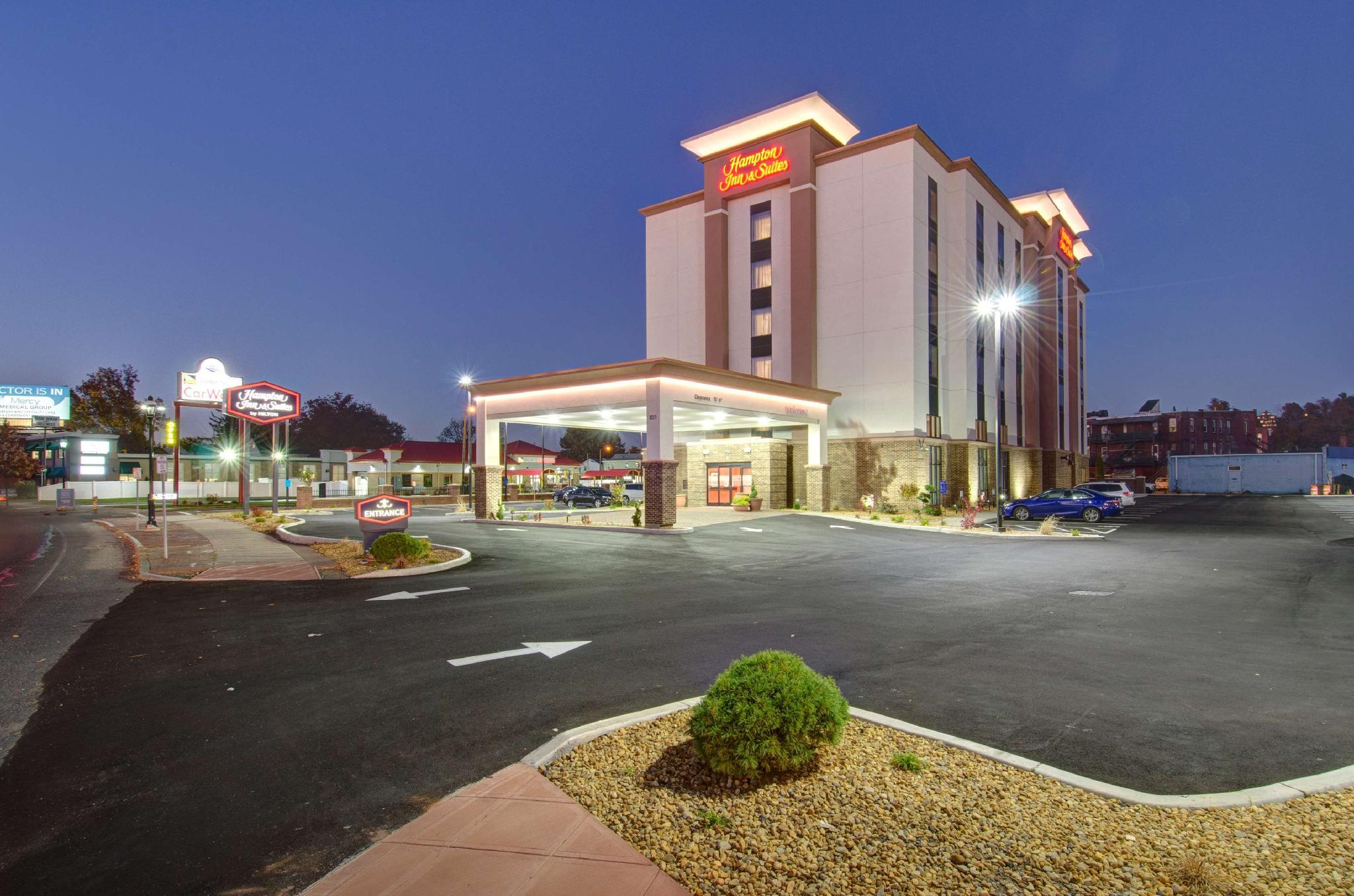 Hampton Inn And Suites Springfield Downtown Reviews