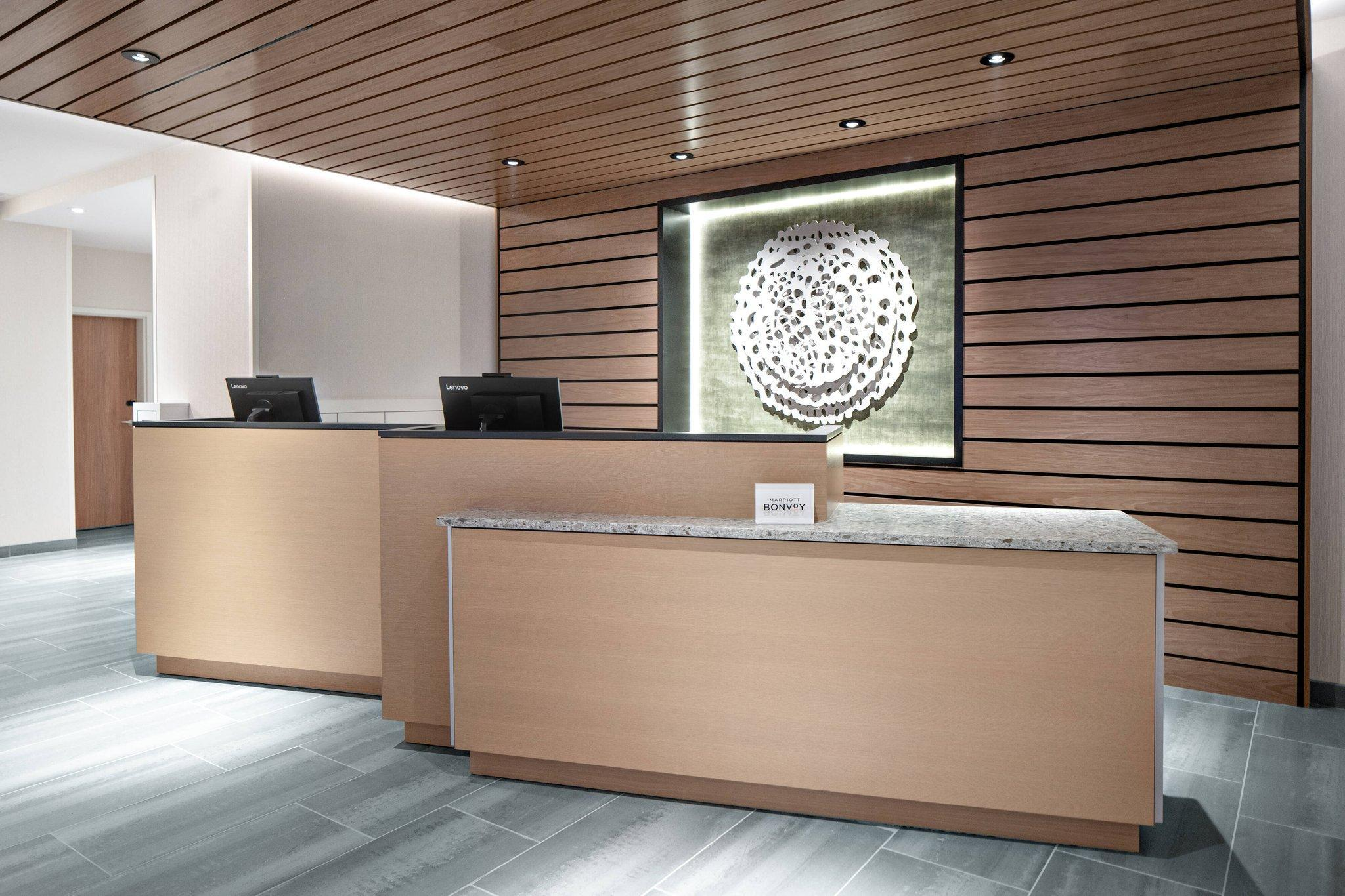 Fairfield Inn & Suites By Marriott Lake Geneva