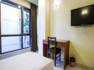 Hotel Strands Colaba Mumbai - Guest Room