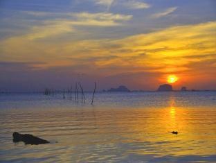 Islanda Hideaway Resort Krabi - Beach
