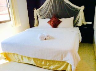 The Bird Cage Patong Guesthouse Hotel Phuket - Guest Room