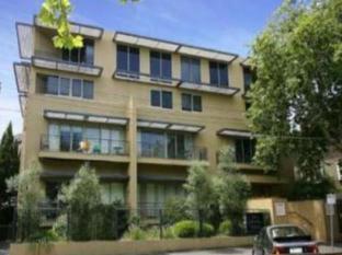 Catani 2 Apartments