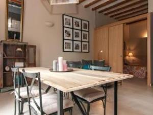 Trivao Suites Sant Antoni Market