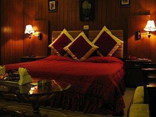 Casa Royal Hotel