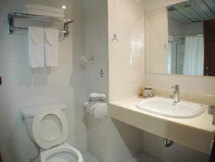 Days Inn Tamuning Guam - Fürdőszoba