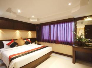 Rayaburi Hotel Patong Phuket - Hotellihuone