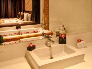 โรงแรมรายาบุรี ป่าตอง ภูเก็ต - ห้องน้ำ
