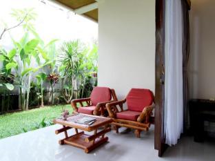 普特里阿玉別墅飯店 峇里島 - 陽台