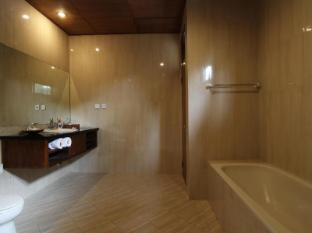 普特里阿玉別墅飯店 峇里島 - 衛浴間