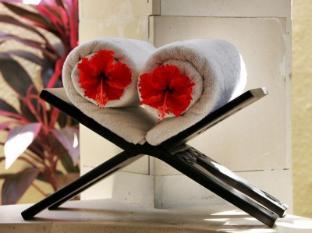 The Sanyas Suite Seminyak Bali - Towel Set up Capture