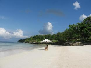 Eskaya Beach Resort and Spa Panglao Island - Platja