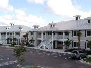 GreenLinks Golf Villas at Lely Resort, Ascend Hotel
