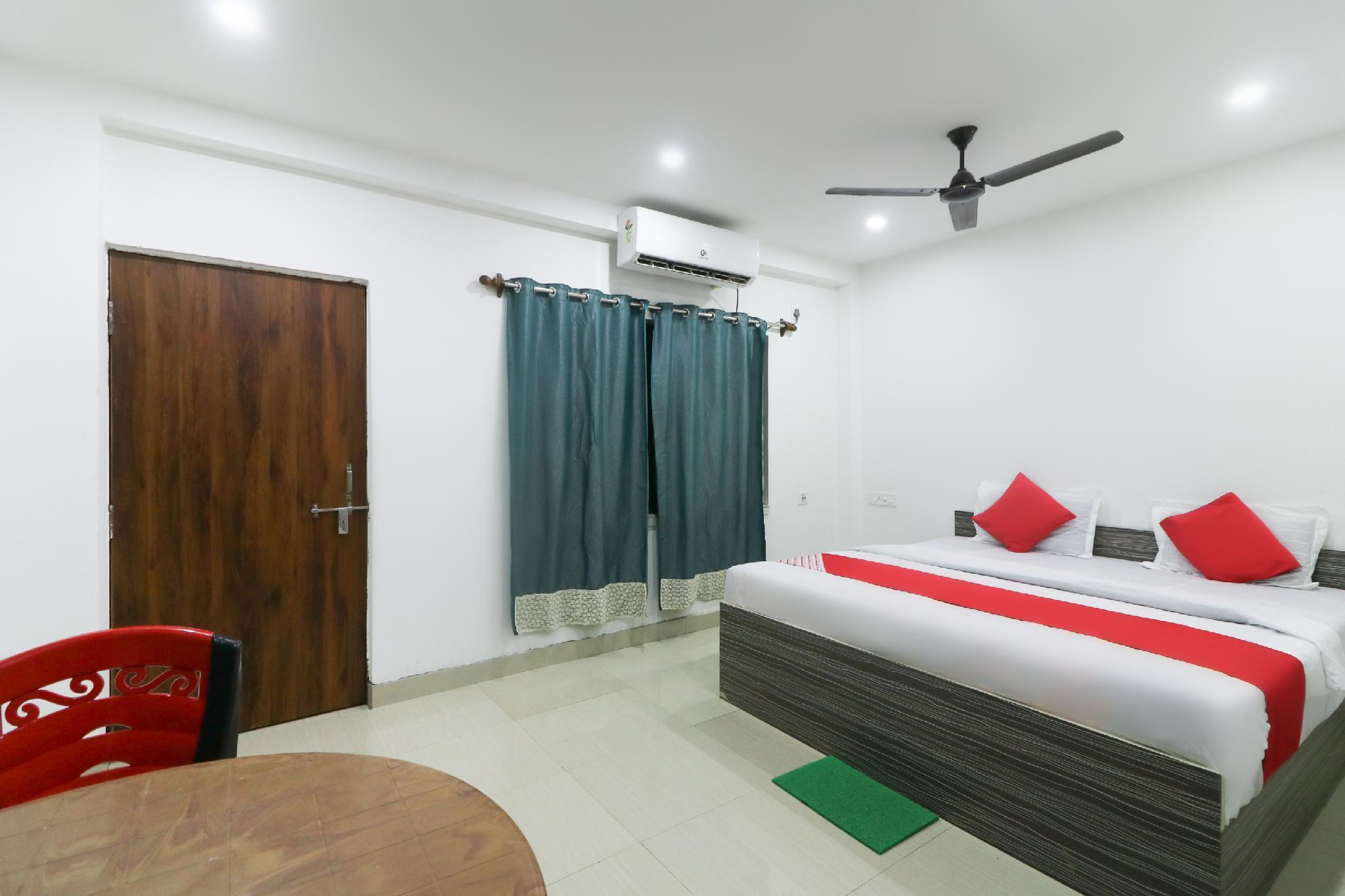 OYO 48905 Gharana Hotel And Resort