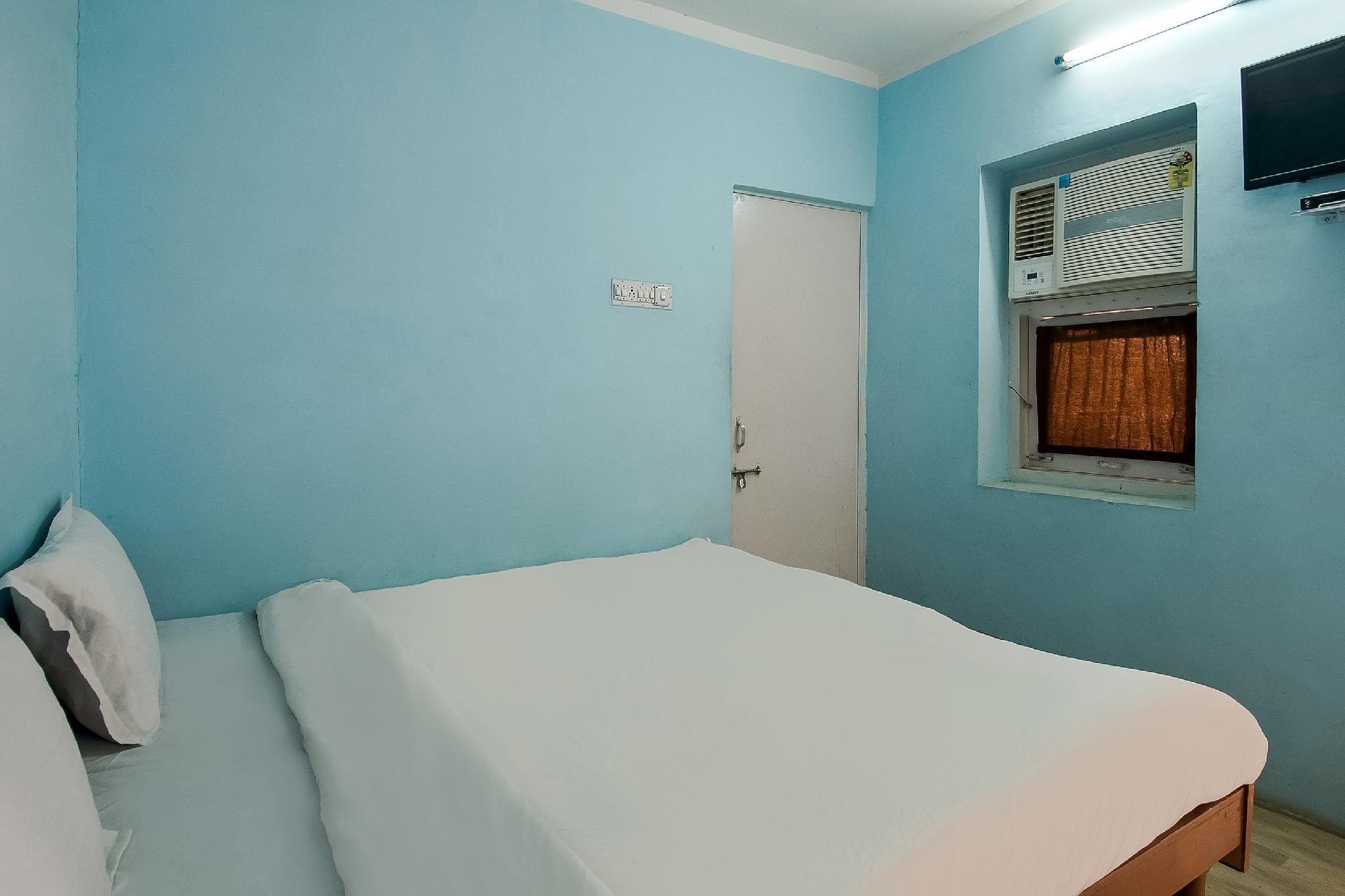SPOT ON 43900 Kuber Hotel