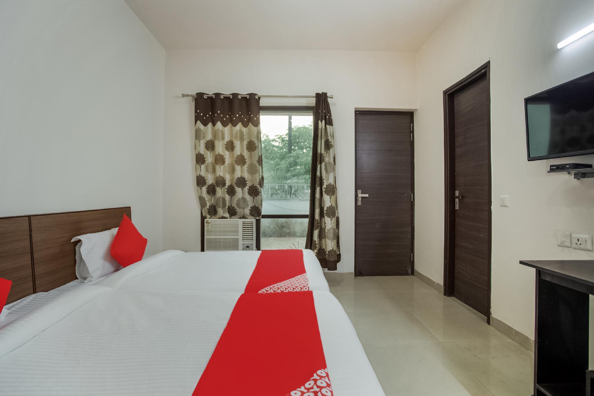 OYO 42725 Kailash Residency