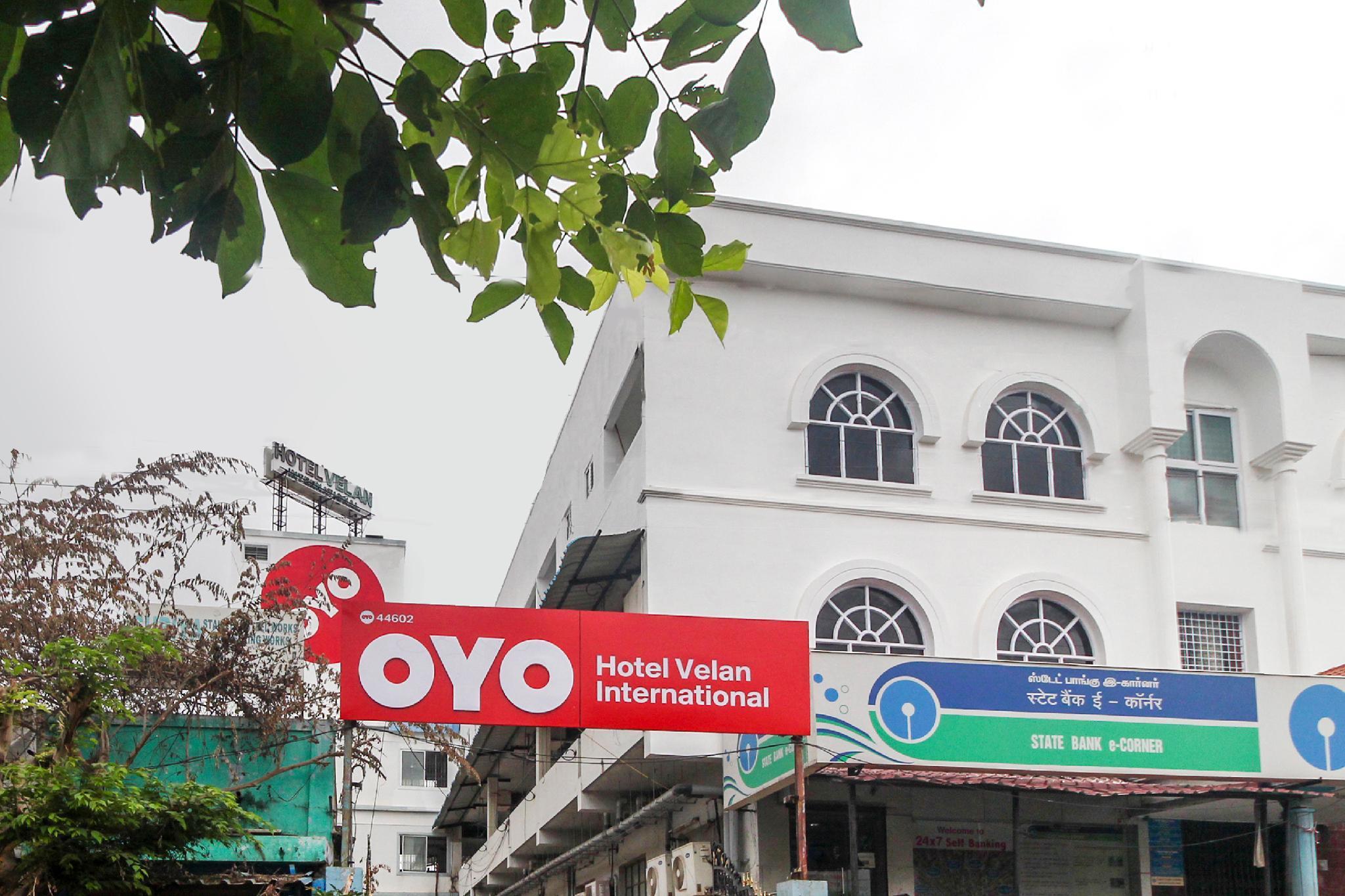 OYO 44602 Hotel Velan International