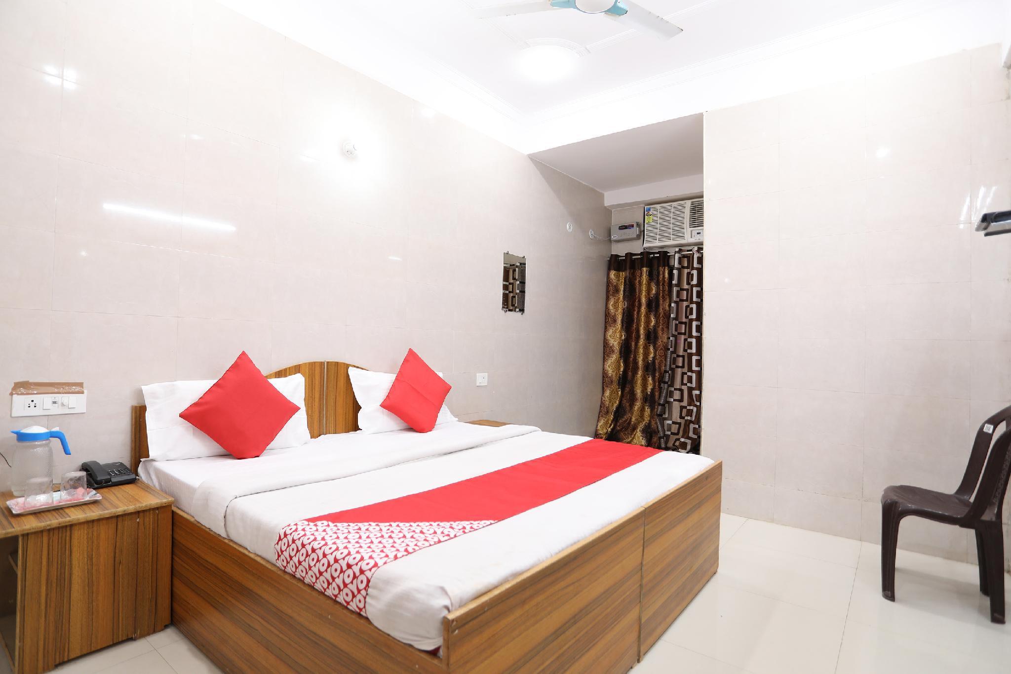 OYO 43022 Shree Raghuvar Dham