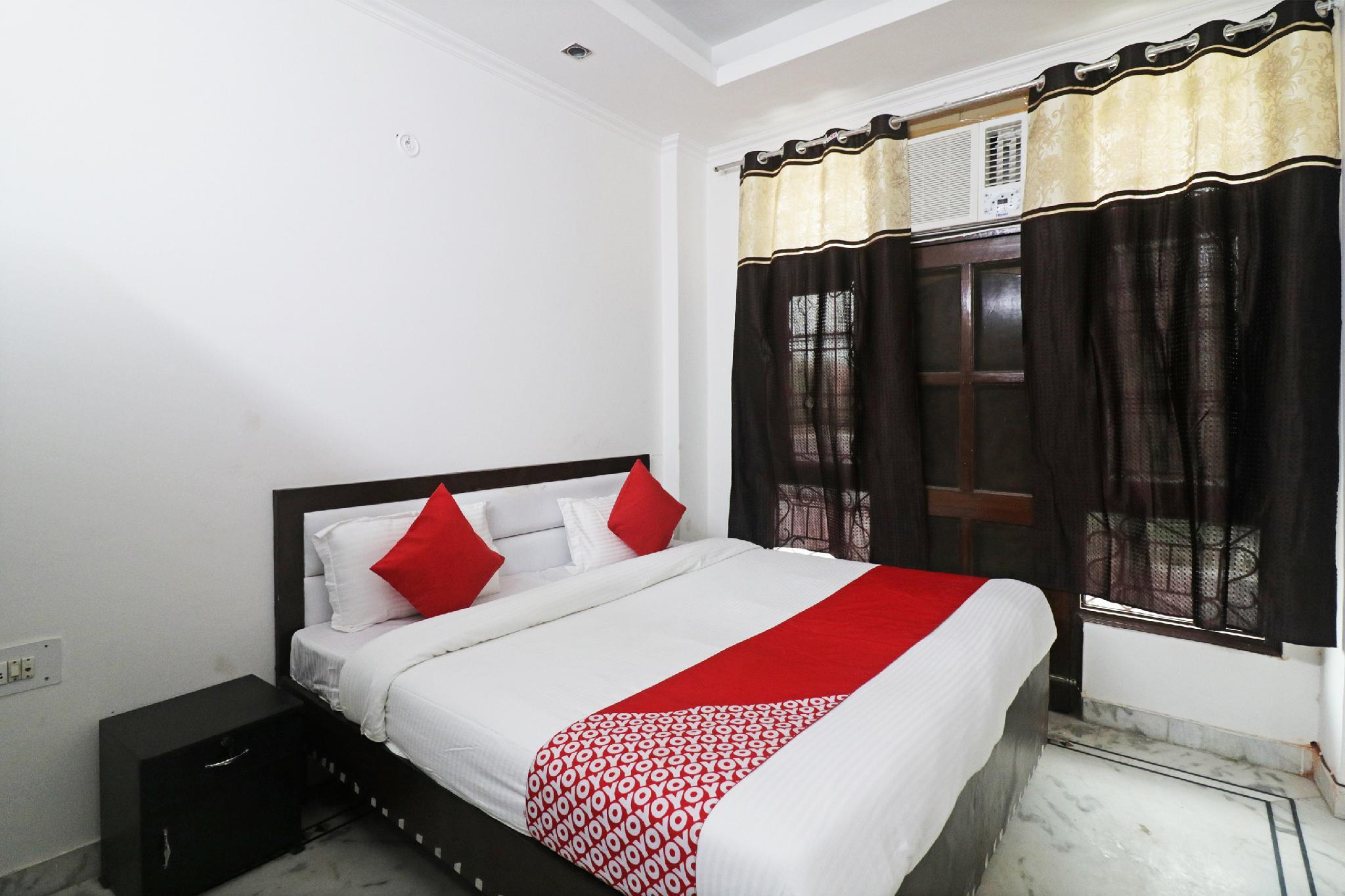 OYO 47394 The Rosewood Hotel