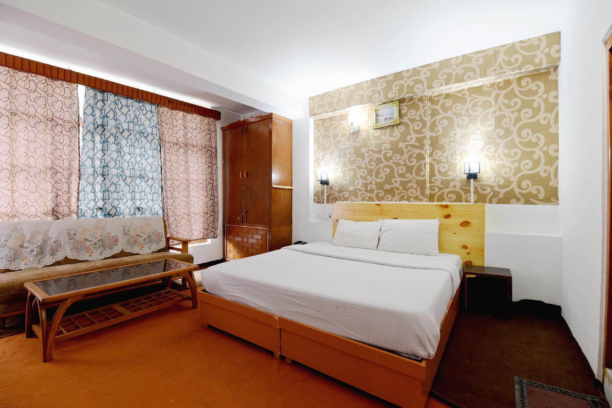 SPOT ON 43965 Hotel Vasuki