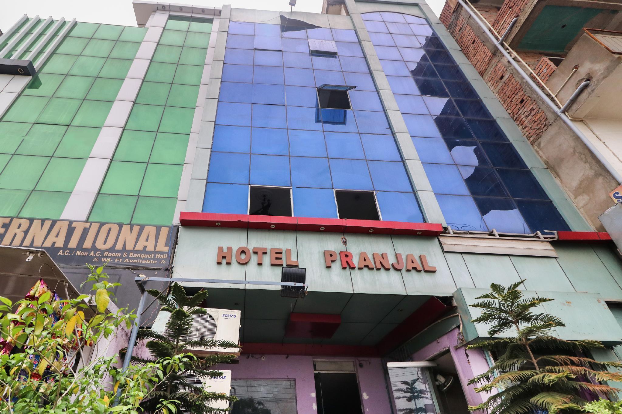 SPOT ON 45608 Hotel Pranjal