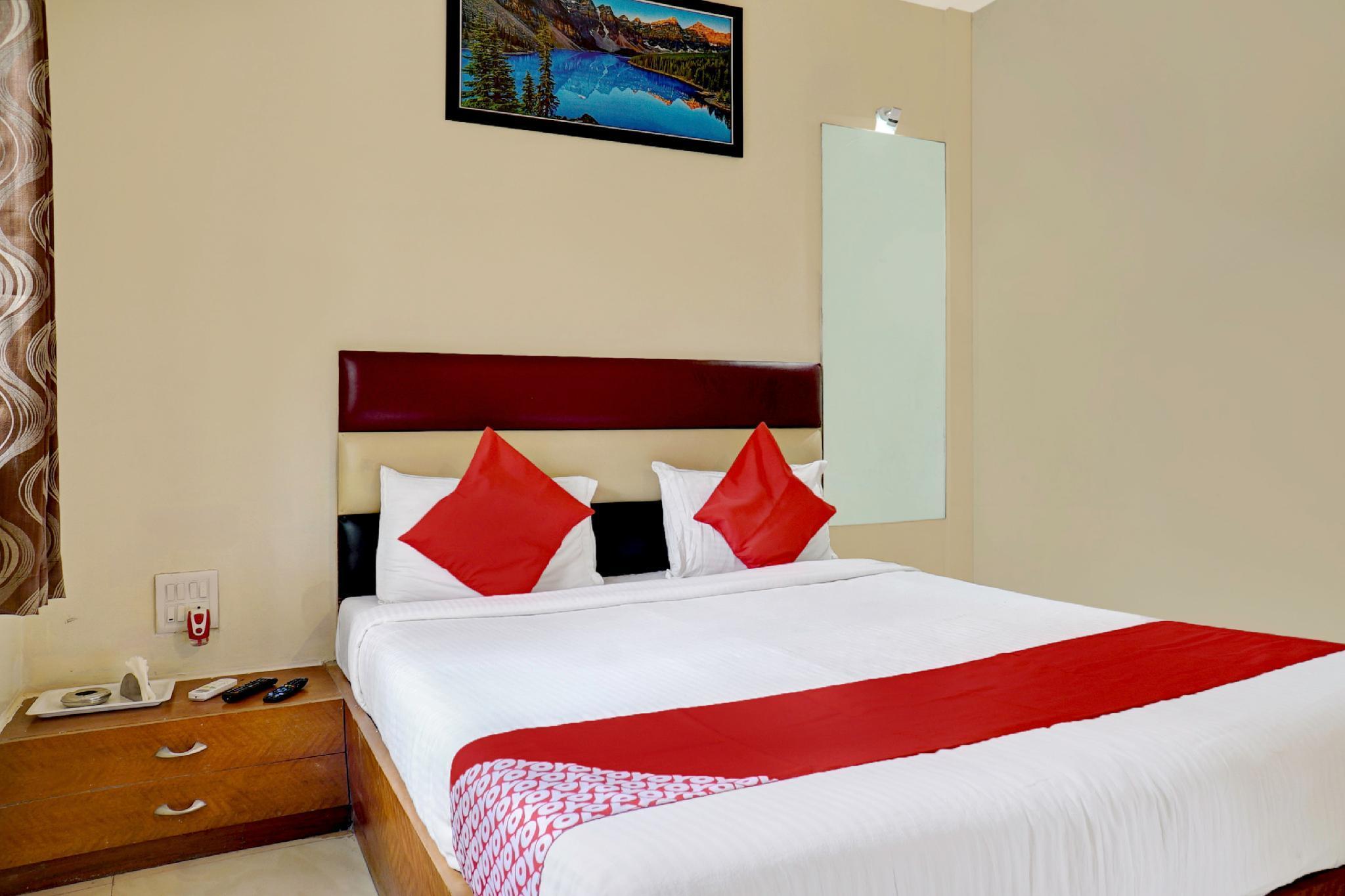 OYO 43446 Deluxe Resort