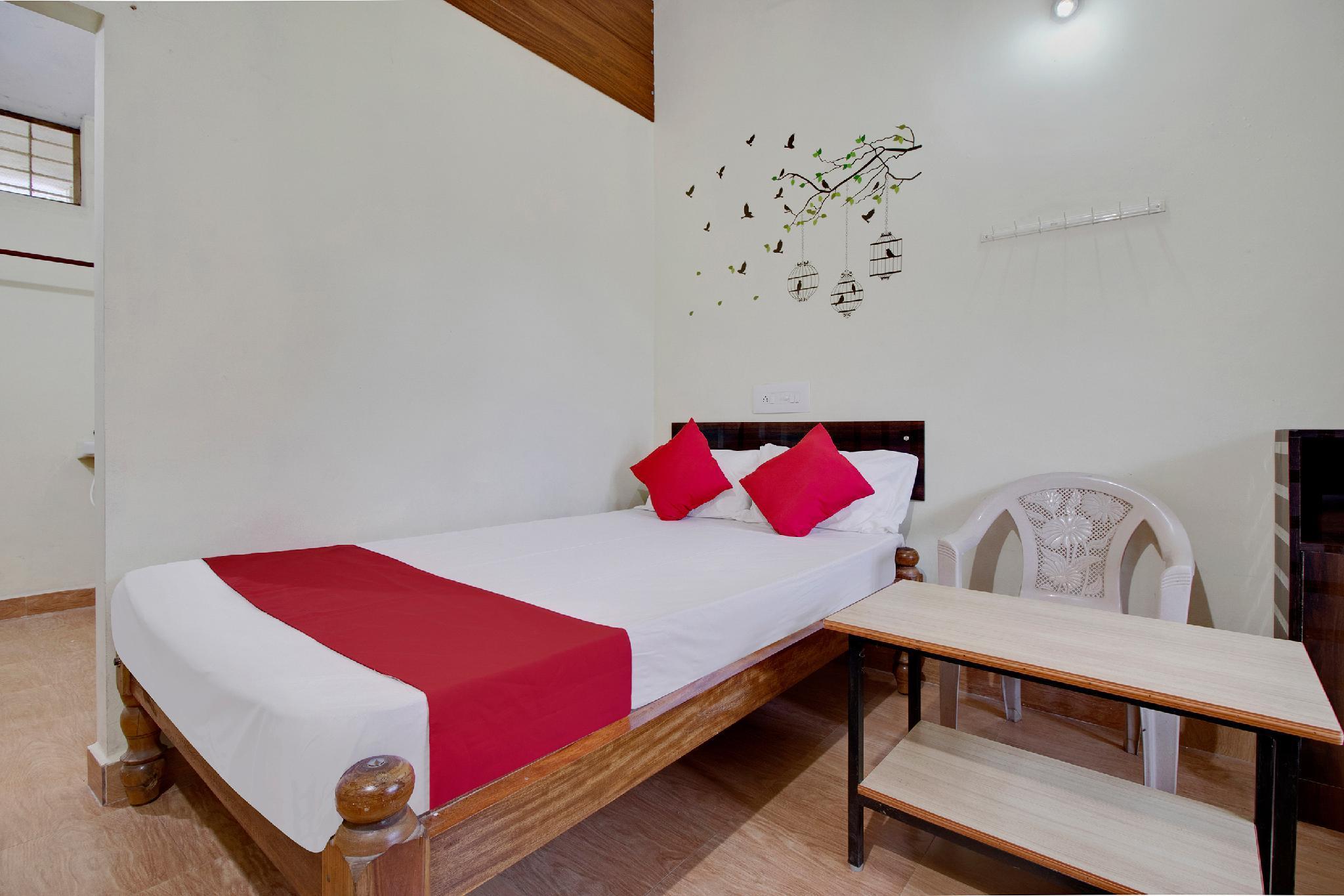 SPOT ON 46700 Samrat Residency Agumbe