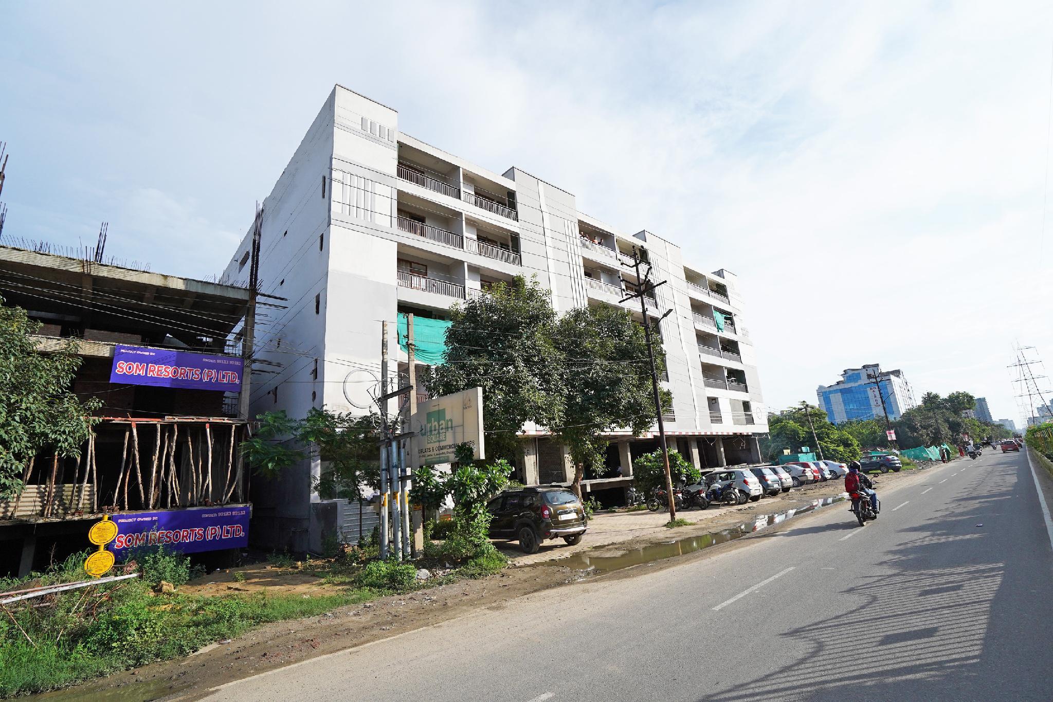 OYO Flagship 24651 GMD Vasundhara