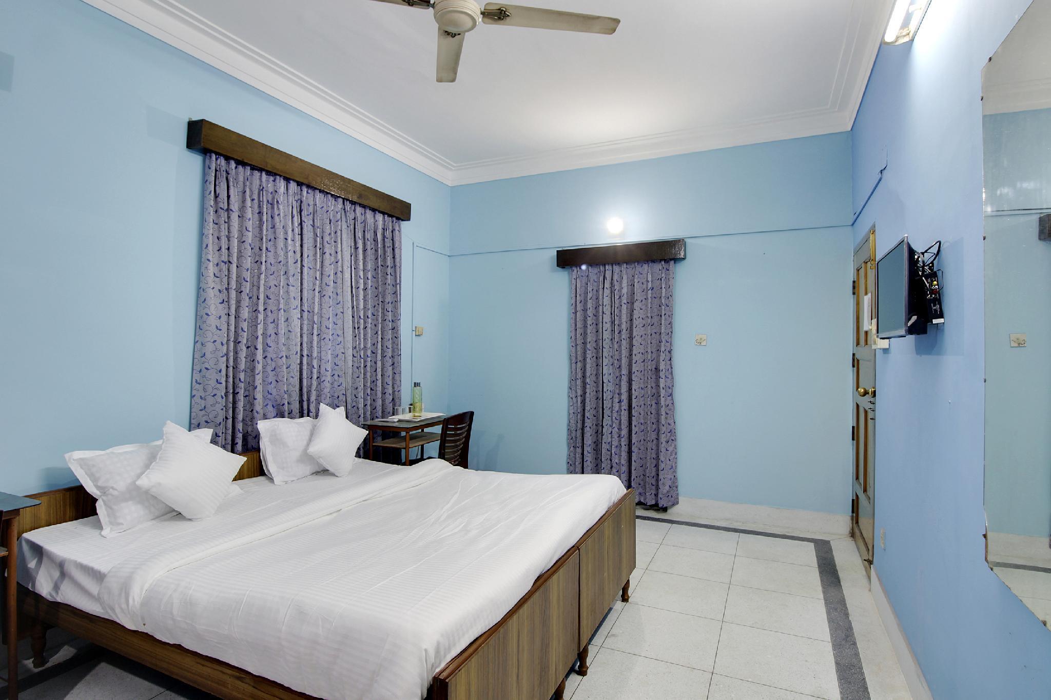 OYO 45323 Pogl Brahmaputra Guest House