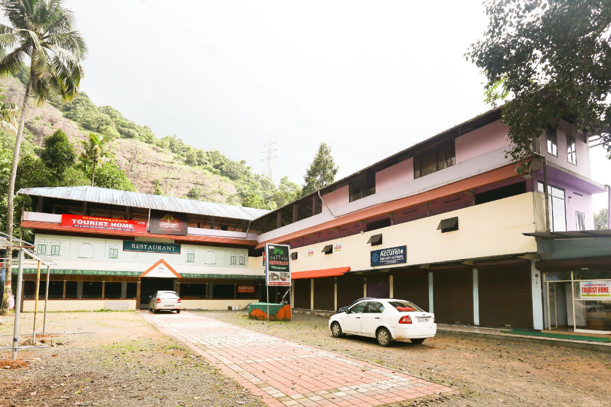 SPOT ON 46011 Vadakkekarayil Tourist Home