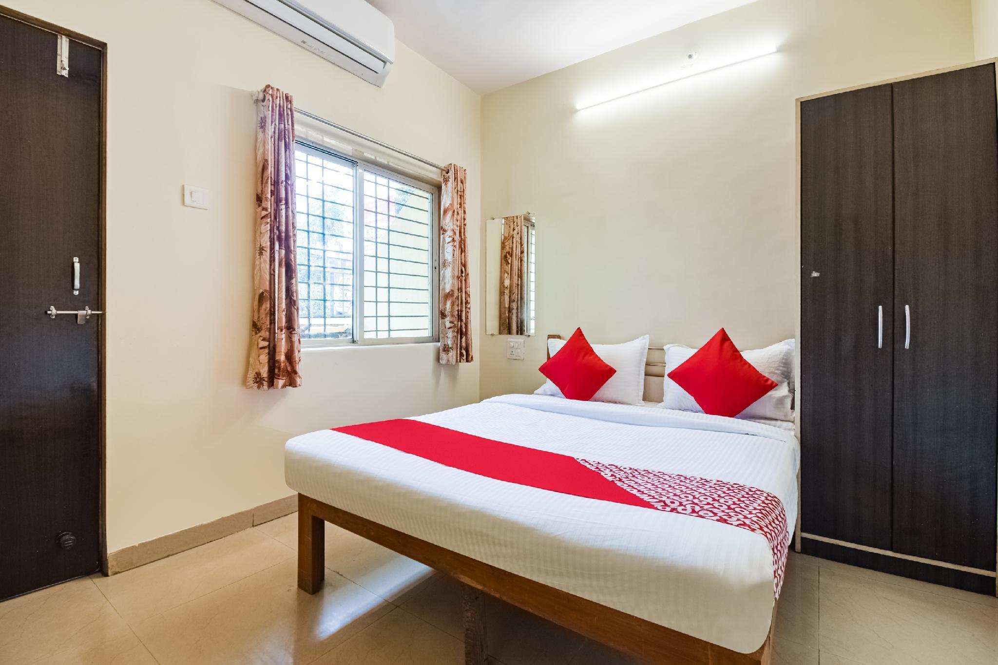 OYO 45953 Hotel Sunshine Residency