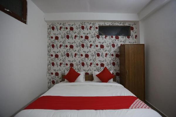 OYO 44400 Retreat Inn New Delhi and NCR