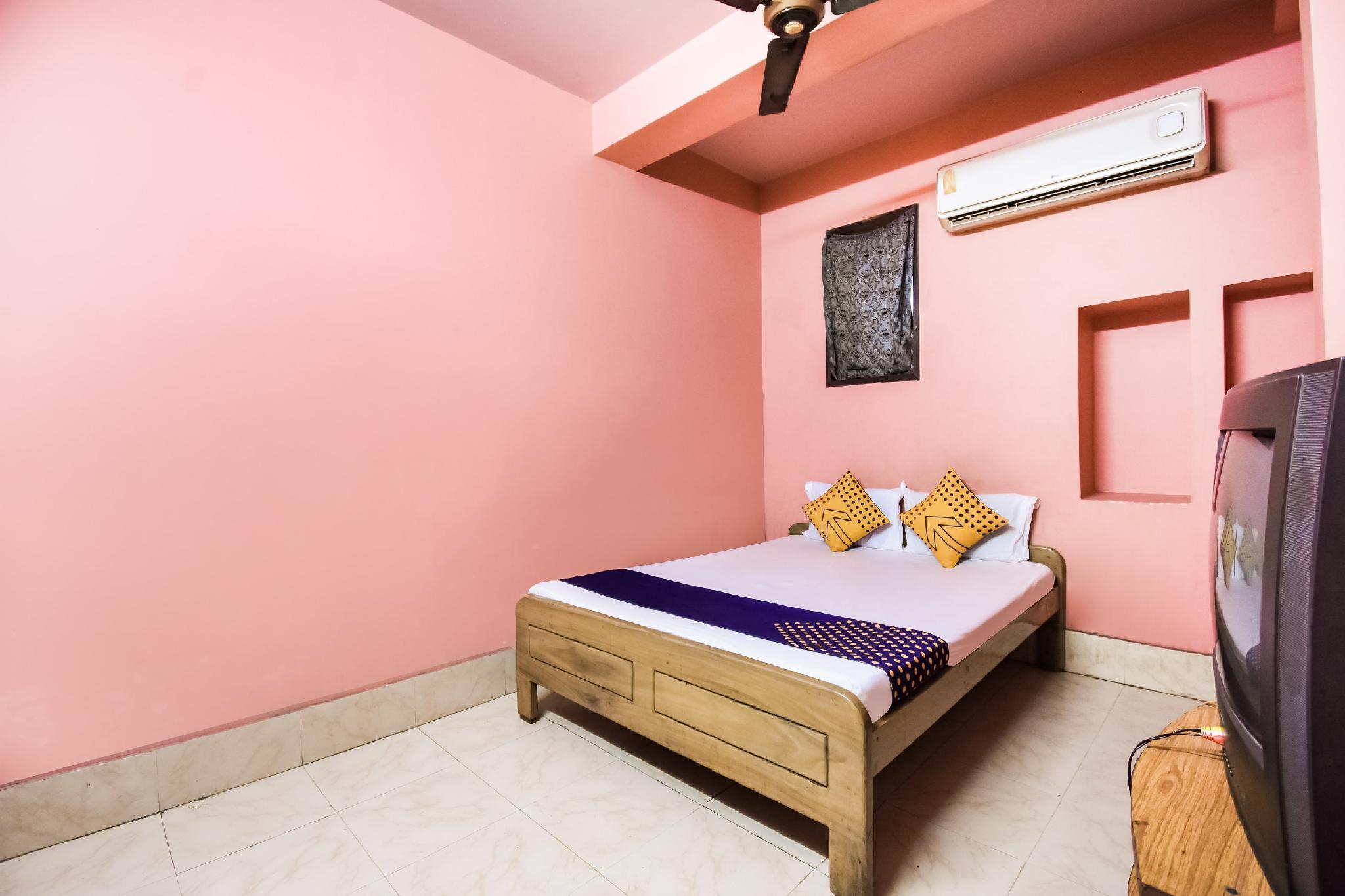 SPOT ON 48596 Shagun Guest House