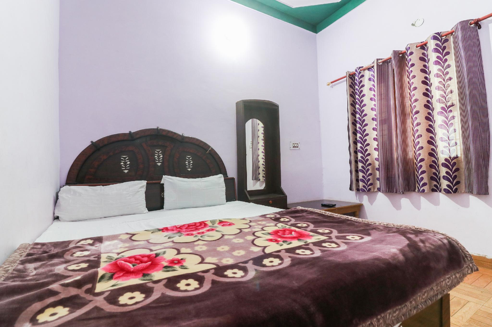SPOT ON 49131 New Shiv Shakti