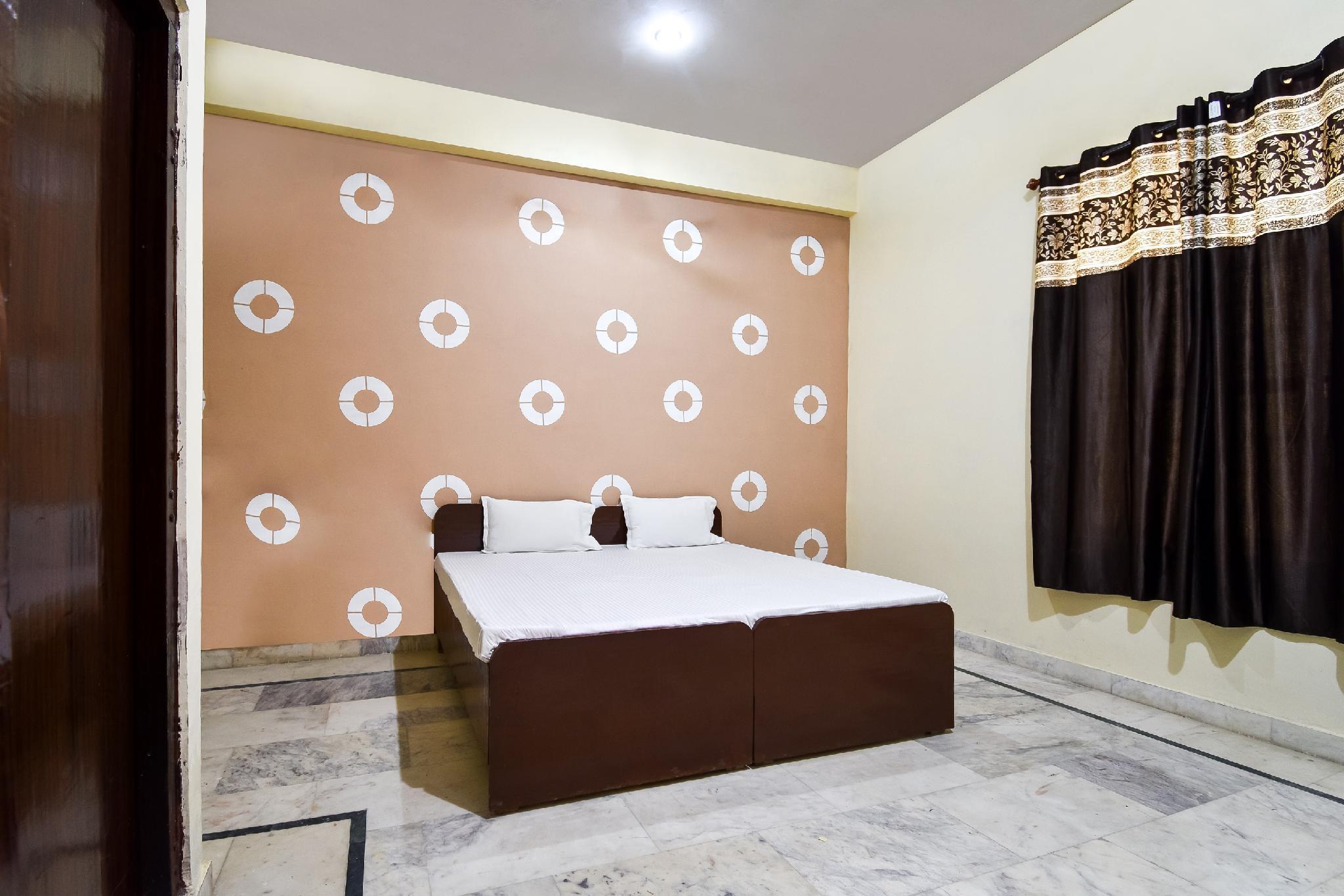 SPOT ON 45405 Satnam Palace