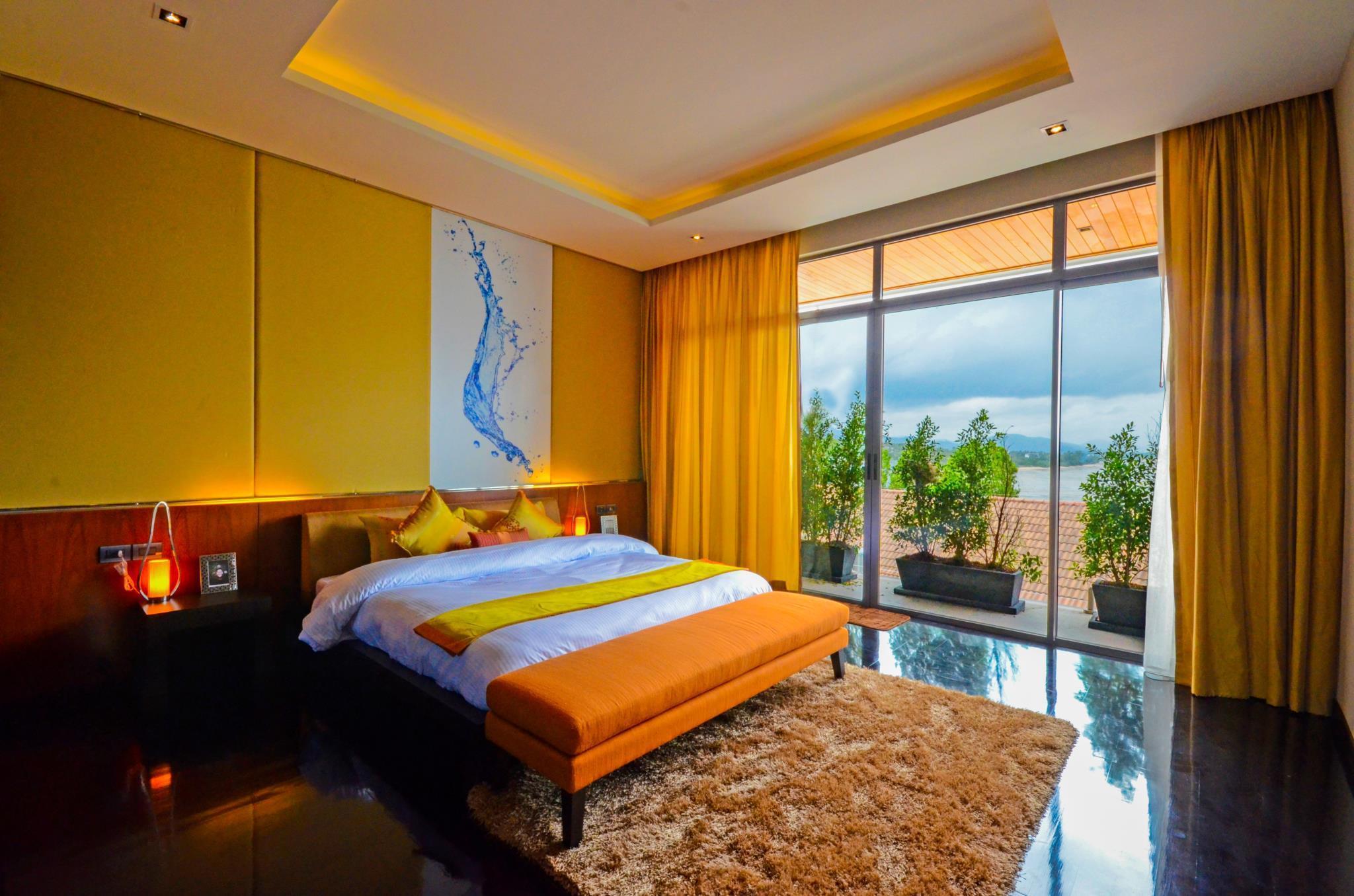Aqua Sea View Villas Rawai อควา ซี วิว วิลลาส์ ราไวย์