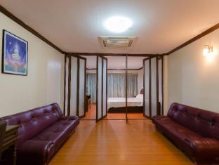 No.1 Hostel